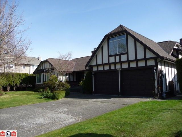 """Main Photo: 1784 140A Street in Surrey: Sunnyside Park Surrey House for sale in """"Ocean Bluff"""" (South Surrey White Rock)  : MLS®# F1007415"""