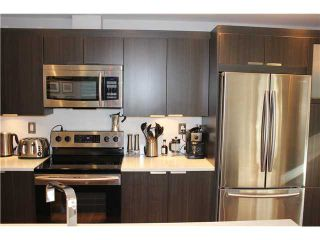 """Photo 4: 10 308 W 2ND Street in North Vancouver: Lower Lonsdale Condo for sale in """"Mohan Gardens"""" : MLS®# V1055350"""