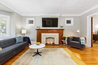 Photo 4: 131 E Hillsdale Avenue in Toronto: Mount Pleasant East House (2-Storey) for sale (Toronto C10)  : MLS®# C5376173