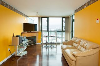"""Photo 4: 1006 2763 CHANDLERY Place in Vancouver: Fraserview VE Condo for sale in """"THE RIVER DANCE"""" (Vancouver East)  : MLS®# R2341147"""