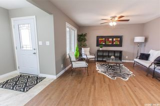 Photo 4: 1147 L Avenue South in Saskatoon: Holiday Park Residential for sale : MLS®# SK710824