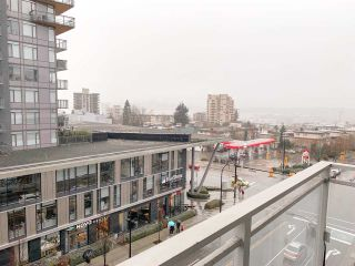 """Photo 12: 504 112 E 13TH Street in North Vancouver: Central Lonsdale Condo for sale in """"CENTREVIEW"""" : MLS®# R2452688"""
