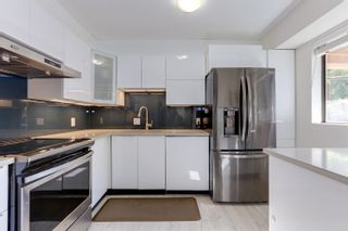 Photo 8: 2366 YEW Street in Vancouver: Kitsilano Condo for sale (Vancouver West)  : MLS®# R2606904