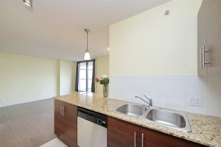 Photo 16: 502 814 ROYAL Avenue in New Westminster: Downtown NW Condo for sale : MLS®# R2441272