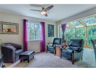 Photo 10: 427 Creed Pl in VICTORIA: VR Prior Lake House for sale (View Royal)  : MLS®# 703152