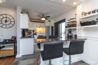 Photo 12: 205 949 Cloverdale Ave in VICTORIA: SE Quadra Condo for sale (Saanich East)  : MLS®# 820581