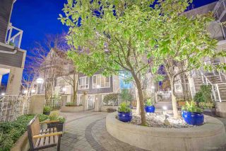 """Photo 17: 313 789 W 16TH Avenue in Vancouver: Fairview VW Condo for sale in """"SIXTEEN WILLOWS"""" (Vancouver West)  : MLS®# R2354520"""