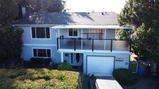 Photo 1: 14504 NORTH BLUFF ROAD: White Rock House for sale (South Surrey White Rock)  : MLS®# R2549785