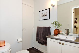 """Photo 18: 104 2238 WHATCOM Road in Abbotsford: Abbotsford East Condo for sale in """"Waterleaf"""" : MLS®# R2378509"""