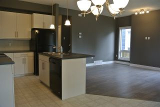 Photo 6: 13113 132 Avenue NW in Edmonton: Zone 01 Townhouse for sale : MLS®# E4198626