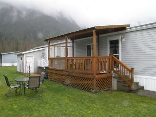 Photo 10: 15 62790 FLOOD HOPE Road in Hope: Hope Center Manufactured Home for sale : MLS®# R2554329
