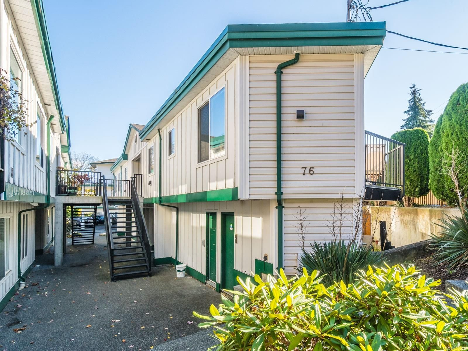 Main Photo: 13 76 Mill St in : Na Old City Condo for sale (Nanaimo)  : MLS®# 859070