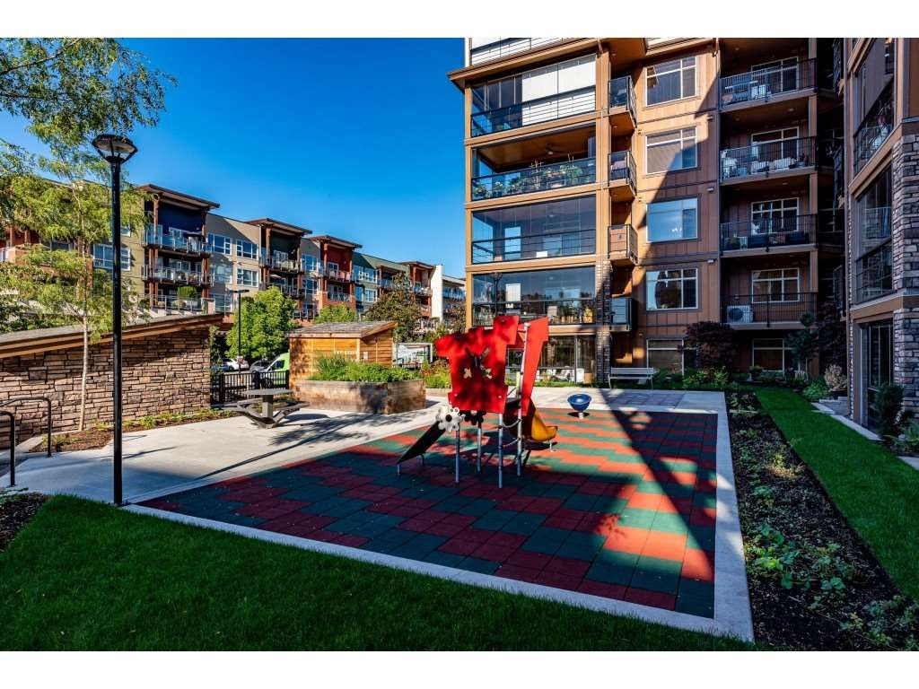 """Photo 29: Photos: A110 20716 WILLOUGHBY TOWN CENTRE Drive in Langley: Willoughby Heights Condo for sale in """"Yorkson Downs"""" : MLS®# R2491391"""