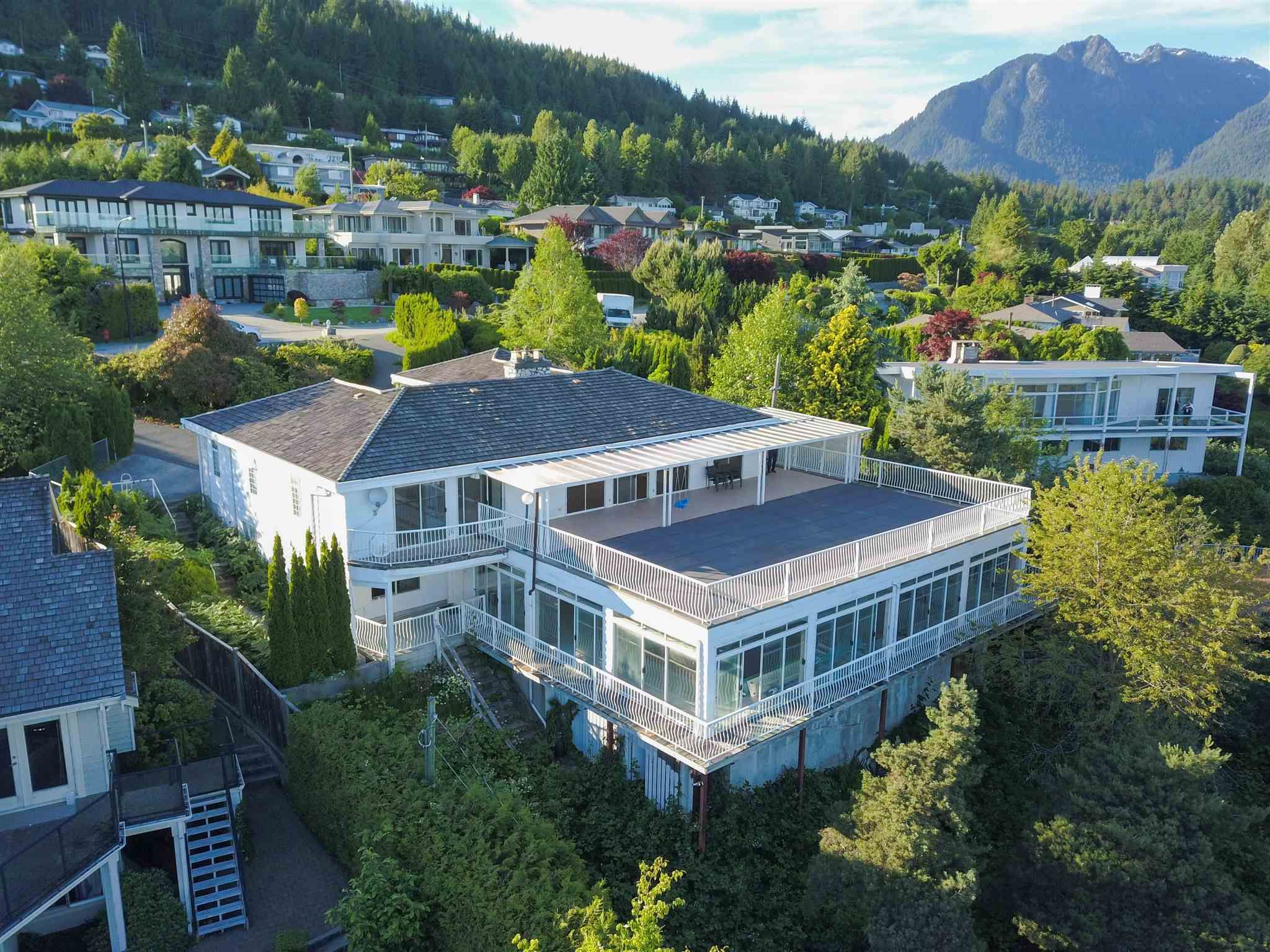 Main Photo: 730 GREENWOOD Road in West Vancouver: British Properties House for sale : MLS®# R2595060