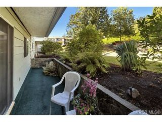 Photo 5: 112 1490 Garnet Rd in VICTORIA: SE Cedar Hill Condo for sale (Saanich East)  : MLS®# 739383