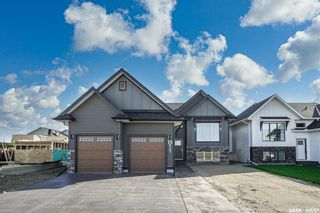 Main Photo: 811 Weir Crescent in Warman: Residential for sale : MLS®# SK871299