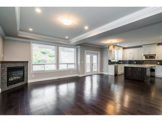 """Photo 5: 2355 MERLOT Boulevard in Abbotsford: Aberdeen House for sale in """"Pepin Brook"""" : MLS®# R2549495"""