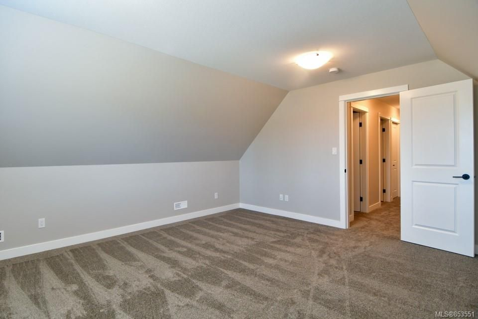 Photo 13: Photos: 492 Park Forest Dr in : CR Campbell River Central House for sale (Campbell River)  : MLS®# 853551