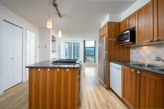 """Photo 11: 705 1723 ALBERNI Street in Vancouver: West End VW Condo for sale in """"THE PARK"""" (Vancouver West)  : MLS®# R2622898"""