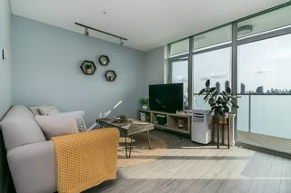 """Photo 2: 505 4310 HASTINGS Street in Burnaby: Willingdon Heights Condo for sale in """"UNION"""" (Burnaby North)  : MLS®# R2624738"""