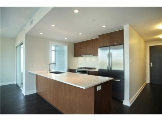 """Photo 2: # 3305 1372 SEYMOUR ST in Vancouver: Downtown VW Condo for sale in """"THE MARK"""" (Vancouver West)  : MLS®# V1042380"""