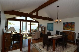 """Photo 16: 15478 COLUMBIA Avenue: White Rock House for sale in """"Hillside"""" (South Surrey White Rock)  : MLS®# R2572155"""
