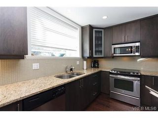 Photo 10: 2 9926 Resthaven Dr in SIDNEY: Si Sidney North-East Row/Townhouse for sale (Sidney)  : MLS®# 665407