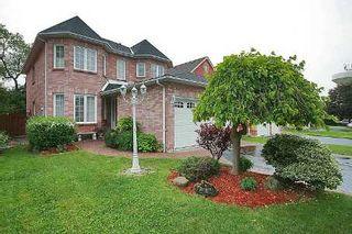 Photo 1: 147 Dawlish Avenue in Aurora: Aurora Highlands House (2-Storey) for sale : MLS®# N2661556