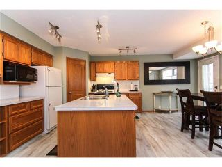 Photo 12: 9177 21 Street SE in Calgary: Riverbend House for sale : MLS®# C4096367