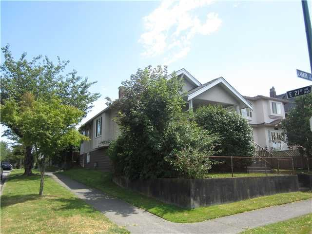 Main Photo: 3708 LANARK Street in Vancouver: Knight House for sale (Vancouver East)  : MLS®# V1113933