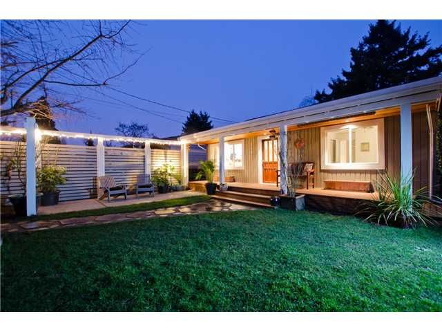 "Main Photo: 248 66A Street in Tsawwassen: Boundary Beach House for sale in ""BOUNDARY BAY"" : MLS®# V1043822"