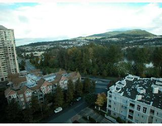 """Photo 8: 1501 1199 EASTWOOD Street in Coquitlam: North Coquitlam Condo for sale in """"THE SELKIRK"""" : MLS®# V672556"""