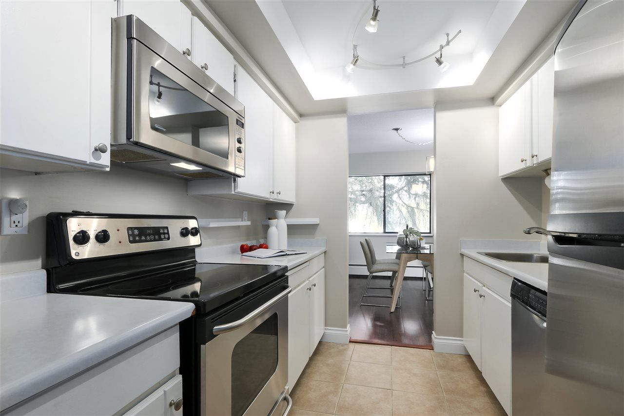 Photo 9: Photos: 215 1235 W 15TH AVENUE in Vancouver: Fairview VW Condo for sale (Vancouver West)  : MLS®# R2404476