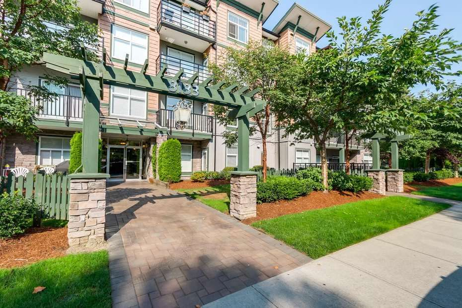 Main Photo: 118 8183 121A in Surrey: Queen Mary Park Surrey Condo for sale