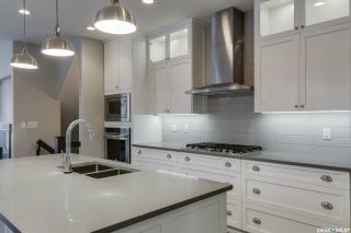 Photo 6: 709 8th Avenue North in Saskatoon: City Park Residential for sale : MLS®# SK856917