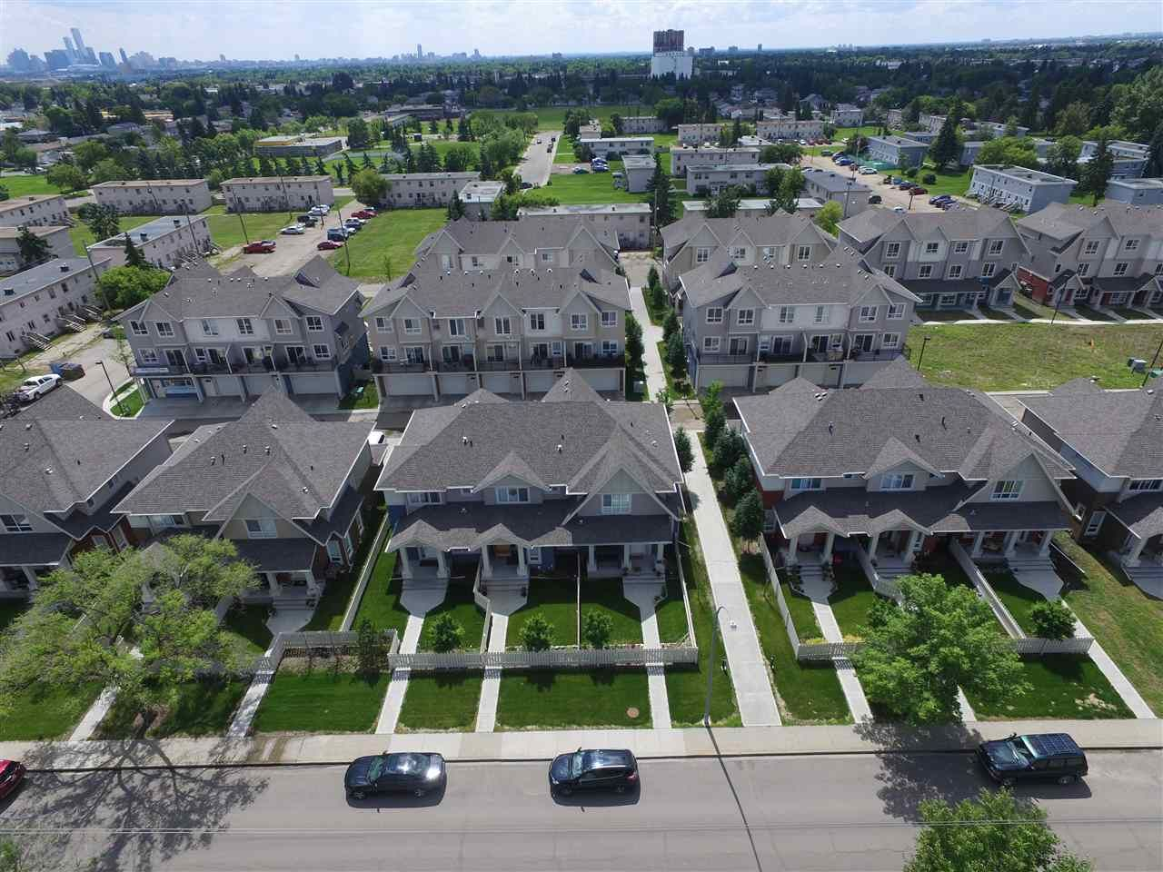 Main Photo: 13 13003 132 Avenue NW in Edmonton: Zone 01 Townhouse for sale : MLS®# E4220298