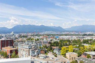 Photo 3: 1610 285 E 10 AVENUE in Vancouver: Mount Pleasant VE Condo for sale (Vancouver East)  : MLS®# R2382603