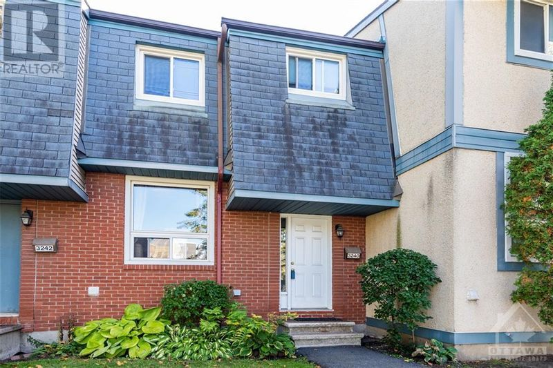 FEATURED LISTING: 3240 UPLANDS DRIVE Ottawa