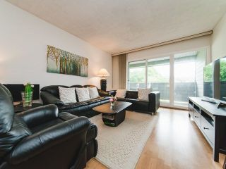 """Photo 2: 129 3451 SPRINGFIELD Drive in Richmond: Steveston North Condo for sale in """"Imperial by the Sea/ Admiral Court"""" : MLS®# R2285548"""