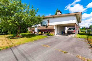 """Photo 3: 45151 ROSEBERRY Road in Chilliwack: Sardis West Vedder Rd House for sale in """"SARDIS"""" (Sardis)  : MLS®# R2594051"""