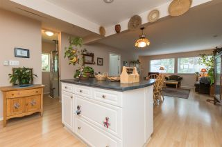 Photo 8: 15568 18 Avenue in Surrey: King George Corridor House for sale (South Surrey White Rock)  : MLS®# R2289871
