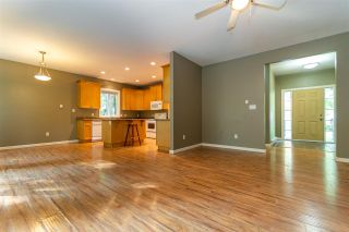 Photo 10: 26562 REYNOLDS Road in Hope: Hope Center House for sale : MLS®# R2504768
