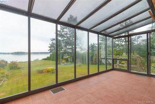 Photo 12: 8591 Lochside Dr in NORTH SAANICH: NS Bazan Bay House for sale (North Saanich)  : MLS®# 790088