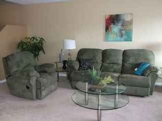 Photo 3: 4 Watts Street in Barrhaven: Hertiage Glen Residential Attached for sale (7706)  : MLS®# 813872