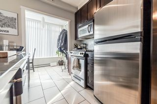 """Photo 7: 706 1001 HOMER Street in Vancouver: Yaletown Condo for sale in """"BENTLEY"""" (Vancouver West)  : MLS®# R2219801"""