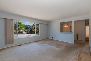 Photo 3: 2276 STANWOOD Avenue in Coquitlam: Central Coquitlam House for sale : MLS®# R2603334