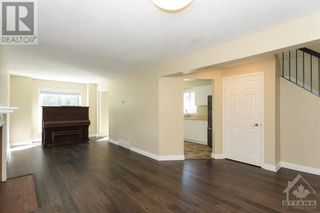Photo 10: 23 SOVEREIGN AVENUE in Ottawa: House for sale : MLS®# 1261869