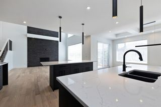 Photo 14: 7853 8a Avenue SW in Calgary: West Springs Detached for sale : MLS®# A1120136