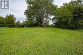Main Photo: 52 Chapel Street in Springhill: Vacant Land for sale : MLS®# 202123750