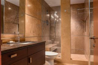 Photo 27: 236 WINDERMERE Drive in Edmonton: Zone 56 House for sale : MLS®# E4219919